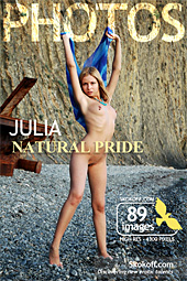 SKOKOFF: Julia - Natural pride